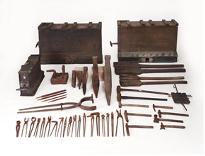 福山市鞆の鍛冶用具